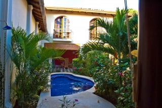 Hotels in Granada Nicaragua - view on the pool